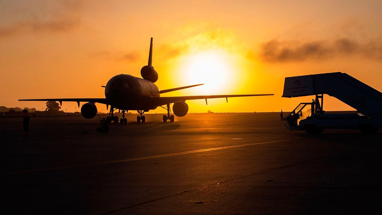 СМИ: США возобновят эвакуационные рейсы из Афганистана до конца года