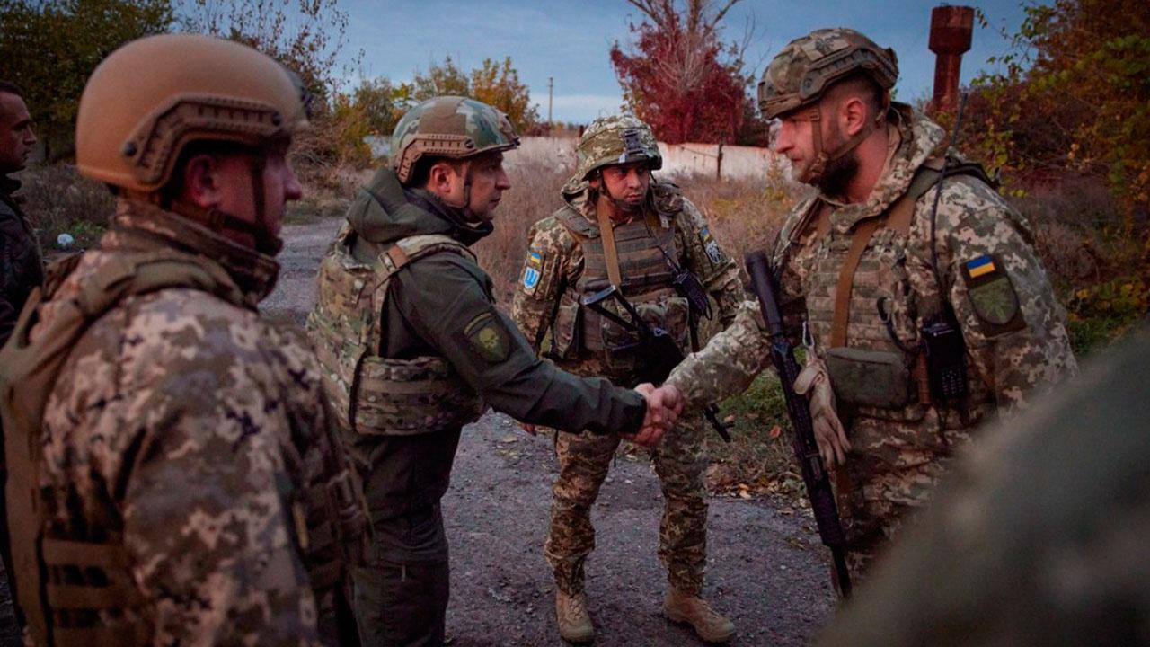 Зеленский посетил передовые позиции ВСУ в Донбассе