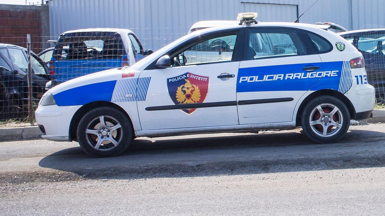 СМИ: полиция проверяет версию отравления хлором погибших россиян в Албании