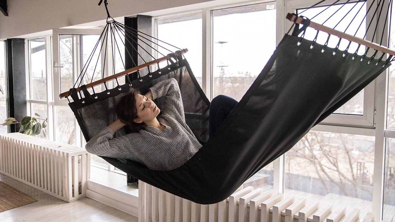 Медики объяснили, почему нельзя спать возле батареи отопления