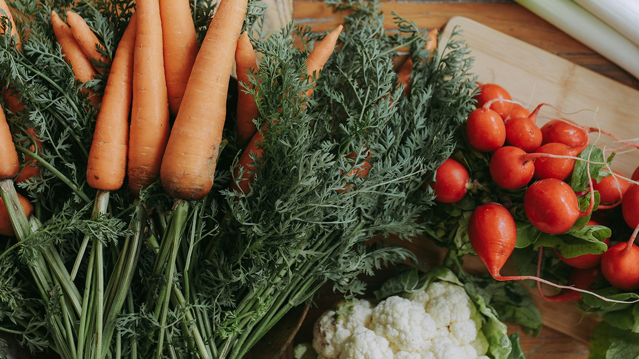 Диетолог назвала недорогие продукты для похудения