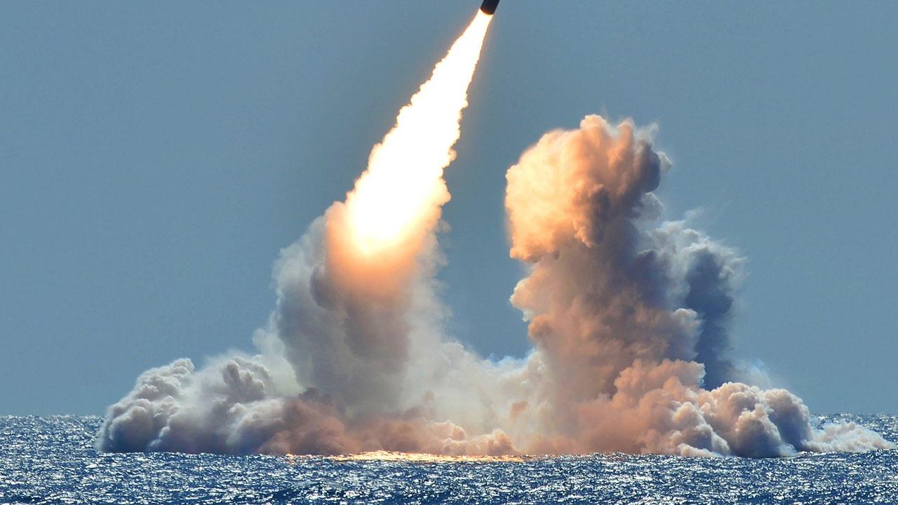 Антонов: РФ может обсудить с США нестратегическое ядерное оружие при его выводе из ЕС
