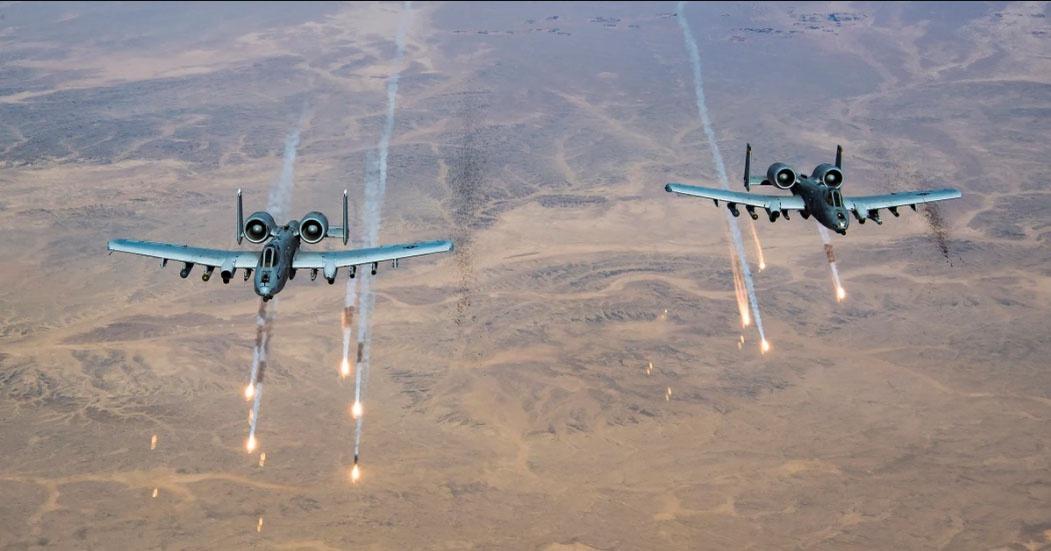 США возобновили точечные авиаудары по позициям вступивших в боестолкновения с ИГИЛ* талибов**.