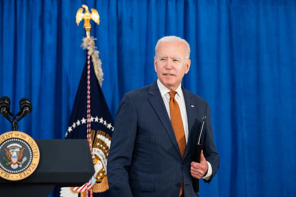 Джо Байдена решил выделить 100 млн долл. на эвакуацию из Афганистана лиц, оказывавших различную помощь американским войскам.